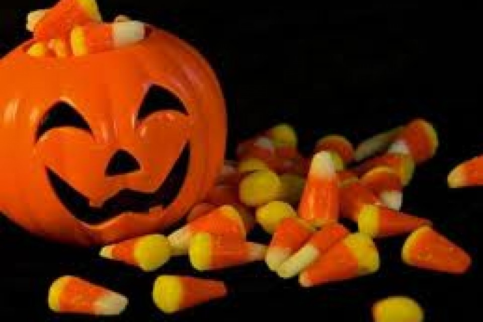 Your Guide to the Best (& Worst) Halloween Candies [Infographic]